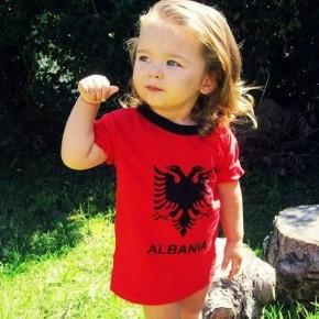 Un Mondo di Storie dall'Albania